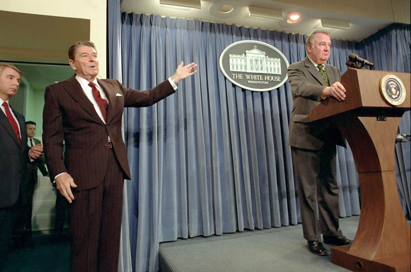 """iran contra scandal essay Welcome to """"understanding the iran-contra affairs,"""" the only comprehensive website on the famous reagan-era government scandal."""
